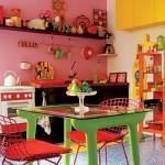Cores vibrantes invadiram esta cozinha. (Foto:Divulgação)