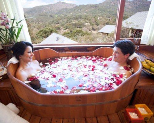 O clima montanhês de Monte Verde é propício aos casais apaixonados (Foto: Divulgação)