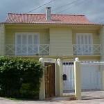 Fachada de casa pequena e bonita. (Foto: divulgação)