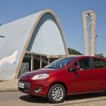 O Novo Palio 2013 ganhou airbag e freio ABS como itens de série, no modelo Attractive 1.0 (Foto: Divulgação)