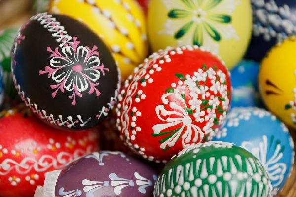 A decoração dos ovos pode ser mais complexa e rica em detalhes (Foto Divulgação: Pixabay)