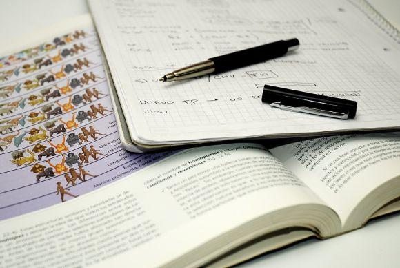 Após a convocação, é necessário comparecer à universidade para confirmar sua matrícula (Foto Ilustrativa)