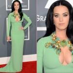 Katy Perry arrasou com o seu vestido verde e decote poderoso. (Foto:Divulgação)