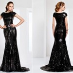 Vestido de gala preto, com efeito molhado (Foto: Divulgação)