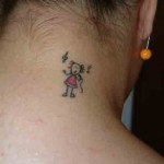 fazer tatuagens na nuca é uma moda (Foto: Divulgação)