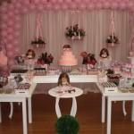 As cores rosa e marrom combinam com a decoração. (Foto:Divulgação)