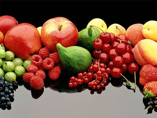 As frutas, sejam consumidas ou usadas na superfície da pele, são essenciais à beleza (Foto: Divulgação)