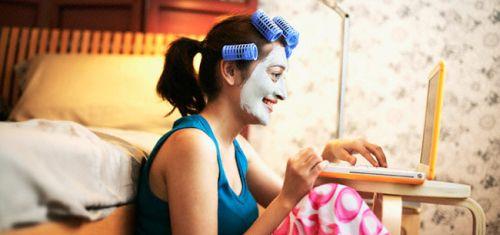 As máscaras ajudam na hidratação da pele, além de fechar os poros. (Foto: Divulgação)