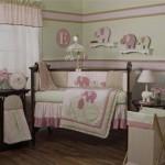 Cortina nos mesmos tons da decoração do quarto (Foto: divulgação)