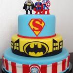 Super-heróis inspiraram este bolo.  (Foto:Divulgação)