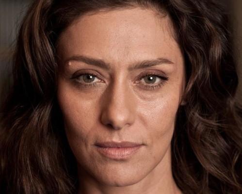 As olheiras podem ser constantes ou não. Em qualquer caso, a maquiagem ajuda muito (Foto: Divulgação)