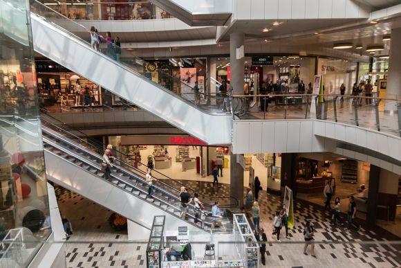 As lojas nos Shoppings oferecem vagas de emprego temporárias para o dia das mães (Foto: Divulgação)