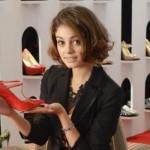 Ao montar o seu look, Amora sabe ser elegante e estilosa. (Foto:Divulgação)