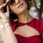 Vestido vermelho e sensual de Amora. (Foto:Divulgação)