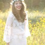 O vestido de noiva de crochê está por dentro das tendências. (Foto:Divulgação)