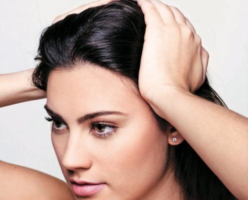 A técnica desintoxica o couro cabeludo (Foto: Divulgação)