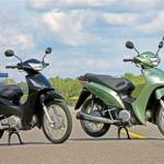 A Biz está disponível nas versões de 100 e 125 cilindradas. (Foto: Divulgação).