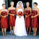 O longuete é uma opção interessante para as damas de honra.  (Foto:Divulgação)