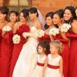 As damas não podem comprometer o destaque da noiva.  (Foto:Divulgação)