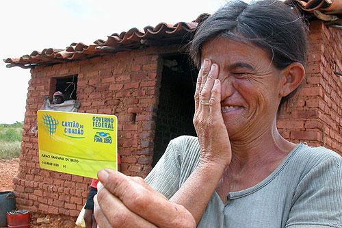 Veja como consultar o seu saldo no Bolsa Família (Foto: Divulgação)
