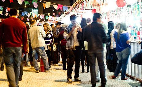 Milhares de pessoas participam da festa todos os anos (Foto: Divulgação)