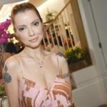 Julia Petit  tem várias tatuagens pelo corpo. (Foto:Divulgação)