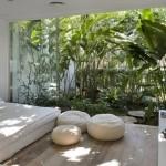Monte um lindo jardim de inverno com passagem para sua sala de estar (Foto: Divulgação)