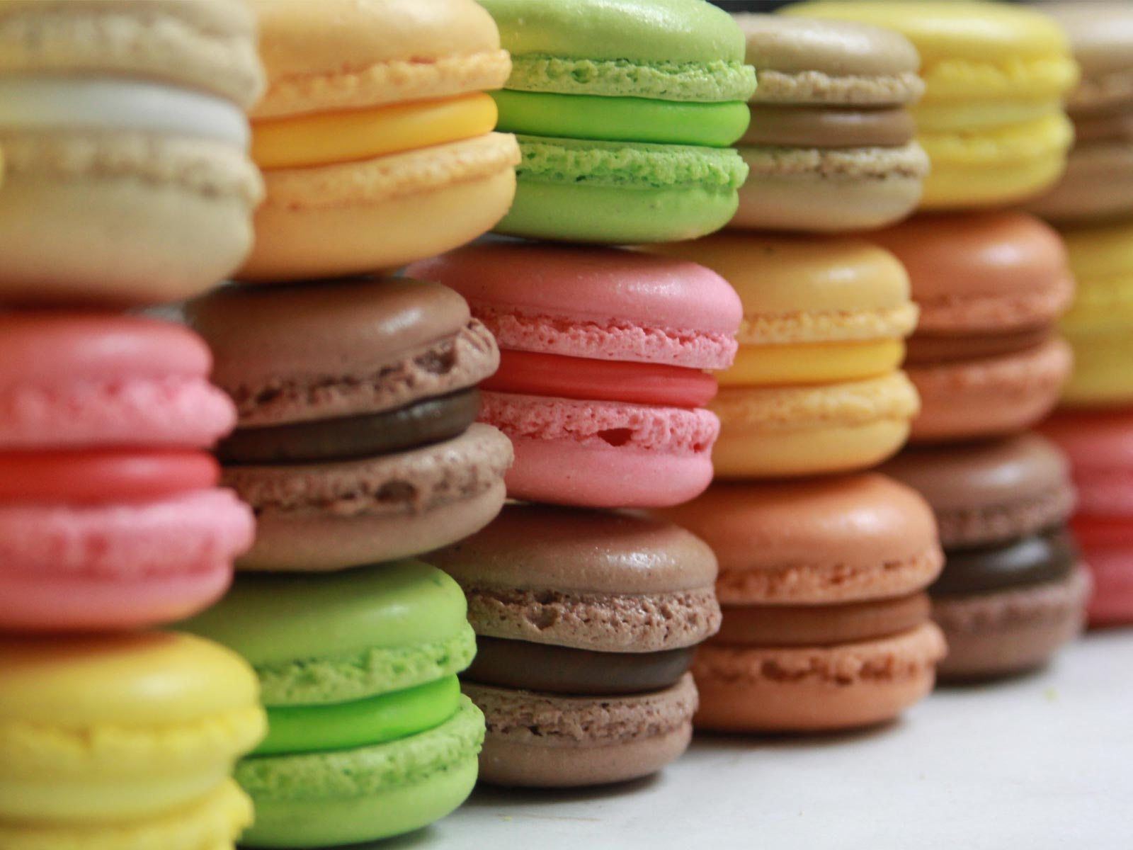 O macaron é um doce pouco comum no Brasil (Foto: Divulgação)
