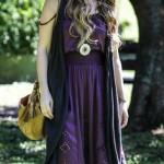 Os vestidos de Paloma têm um ar hippie. (Foto:Divulgação)