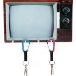 Porta-chaves imita uma televisão. (Foto:Divulgação)