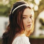 Enfeites simples para cabelo de noiva: dicas, fotos