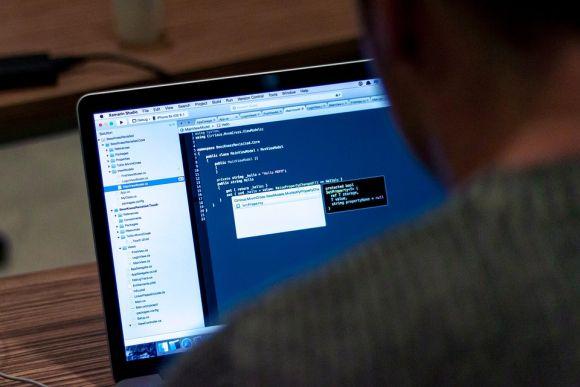 Estudantes da área de Informática podem concorrer às vagas na Gol (Foto Ilustrativa)