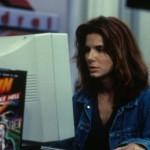 """""""A Rede"""", de 1995, traz Sandra Bullock interpretando uma programadora que tem a vida revirada por criminosos virtuais (Foto: Divulgação)"""