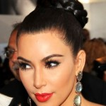 Os brincos de Kim Kardashian.(Foto:Divulgação)