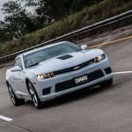 A nova versão do Camaro já está disponível nas concessionárias Chevrolet (Foto: Divulgação)