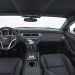 O interior do muscle car é bastante confortável (Foto: Divulgação)