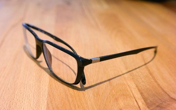 Os pequenos arranhões podem ser removidos das lentes. (Foto:Divulgação)