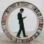 Organizar livros de maneira criativa: fotos