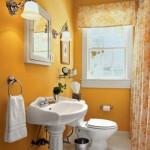 Banheiro simples e antigo, decorado com bom gosto (Foto: Divulgação)