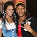 Neymar e Bruna em festa a fantasia (Foto: Divulgação)