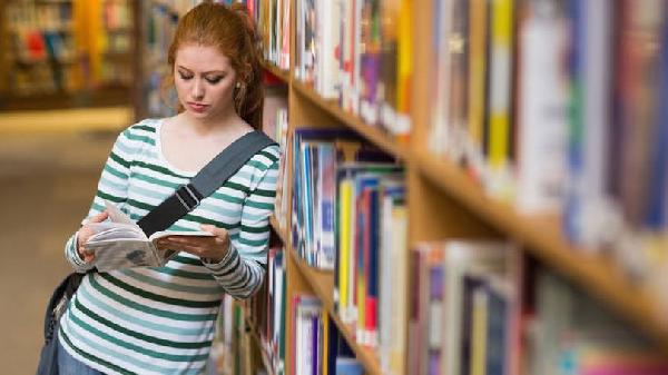 Para se inscrever é preciso que os jovens estejam estudando (Foto: Exame/Abril)