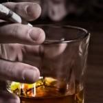 O câncer de boca em fumantes que bebem: saiba mais