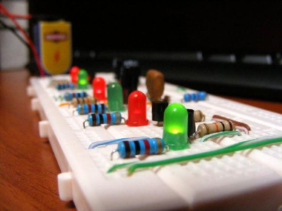 Cursos na área de Eletroeletrônica são bastante requisitados na região (Foto Ilustrativa)
