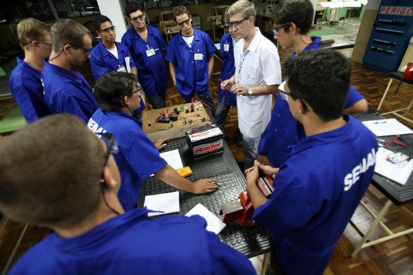 O técnico em eletromecânica pode trabalhar nos setores da indústria e da energia (Foto: Divulgação)