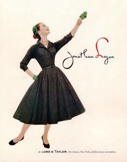 Vestido dos anos 50 preto (Foto: Divulgação Moda História)