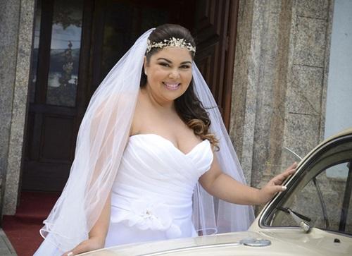 Modelos vestido de noiva para gordinhas 2015