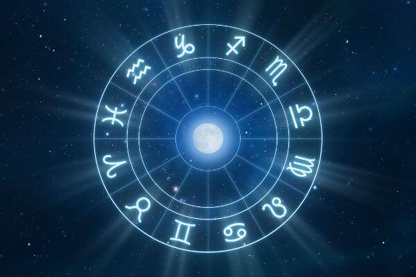 Descubra o que o horóscopo reserva para 2016. (Foto: Divulgação)