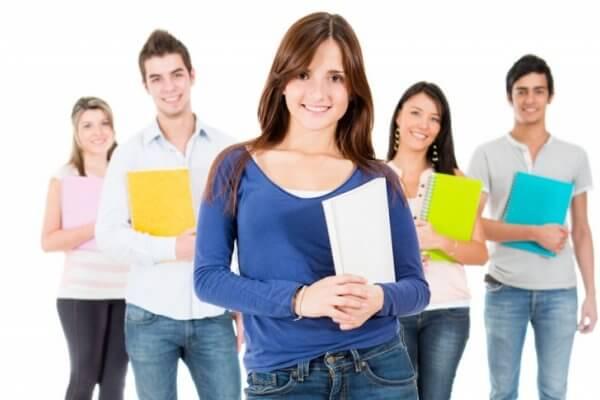 As escolas se inscrevem e os alunos são inscritos automaticamente. (Foto: Divulgação)