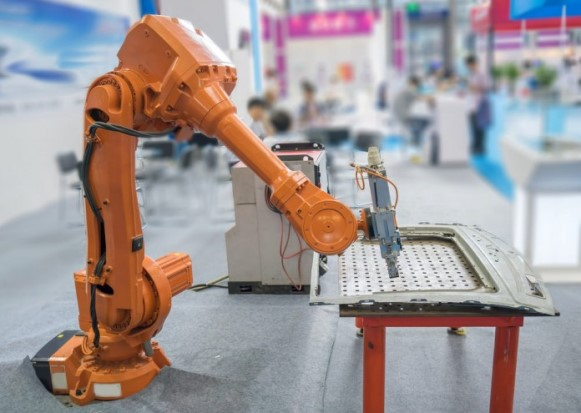 Técnico em automação industrial é uma das opções de cursos Cursos SENAI Pronatec. (Foto Ilustrativa)