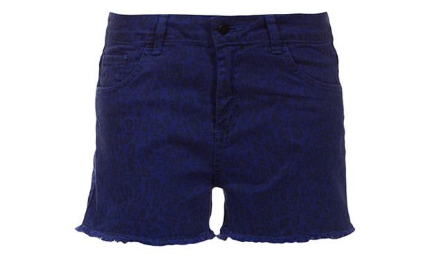 Shorts no azul (Foto: Mdemulher)